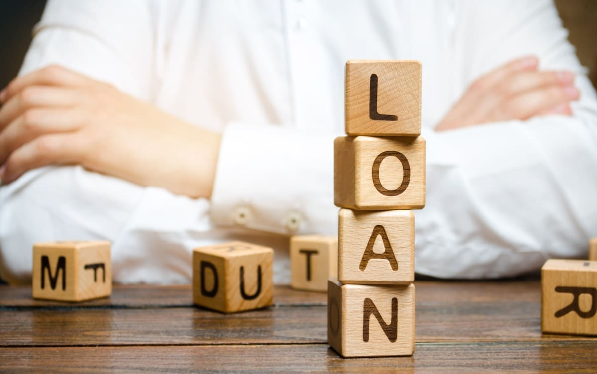 blocks with the word loan spelt out